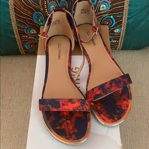 Call It Spring flat sandals-sz7.5